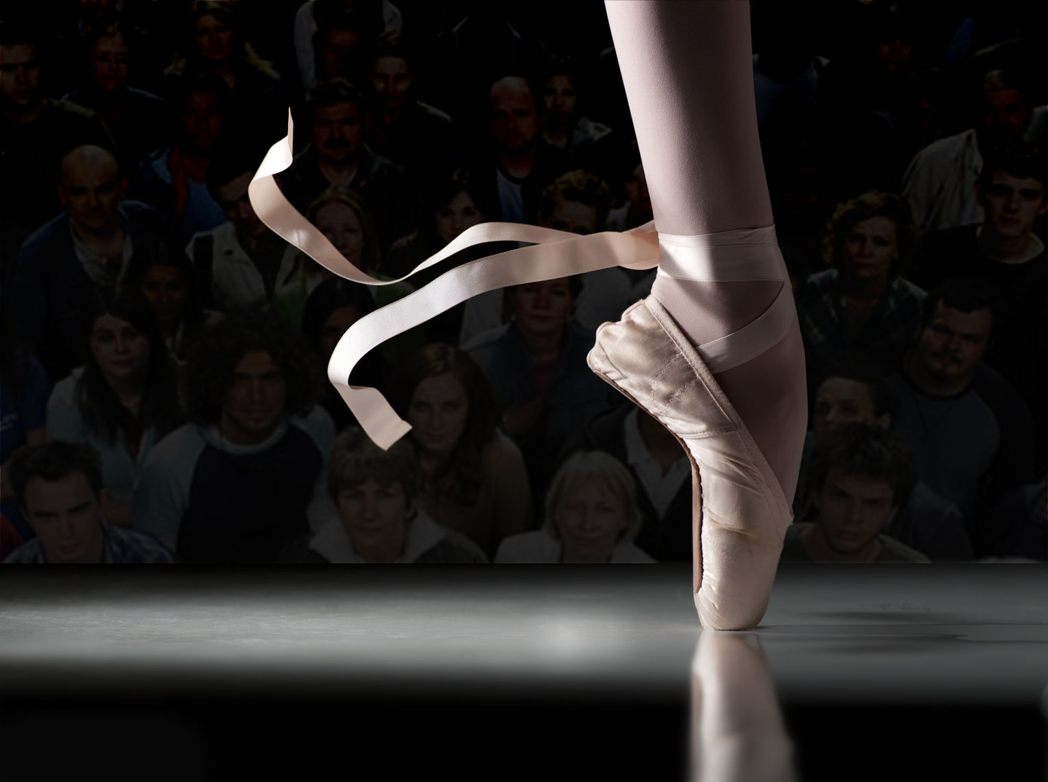 ballet_shoe_crowd